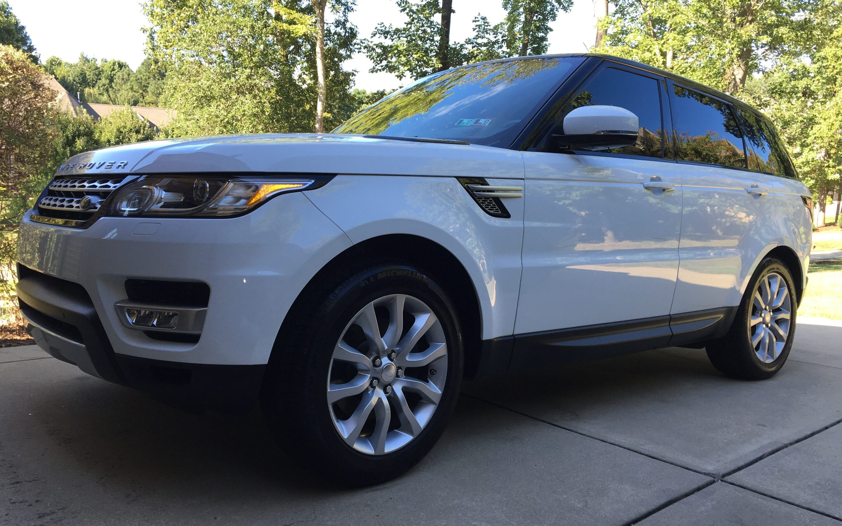 Photos of finished 2014 Range Rover Sport