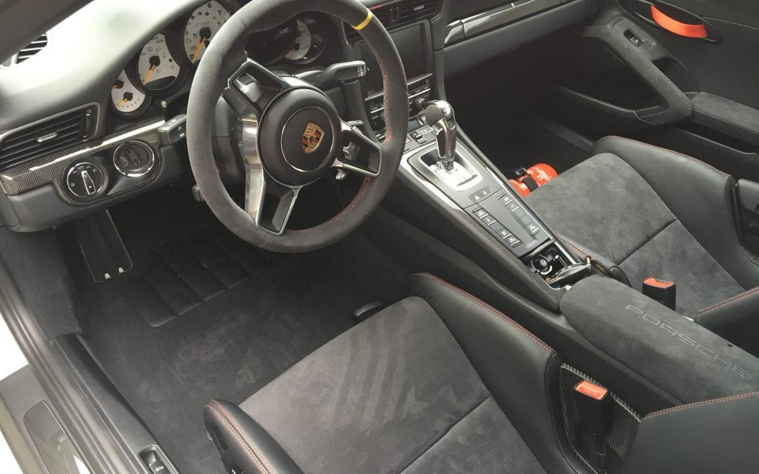 Photos of finished 2016 Porsche GT3RS