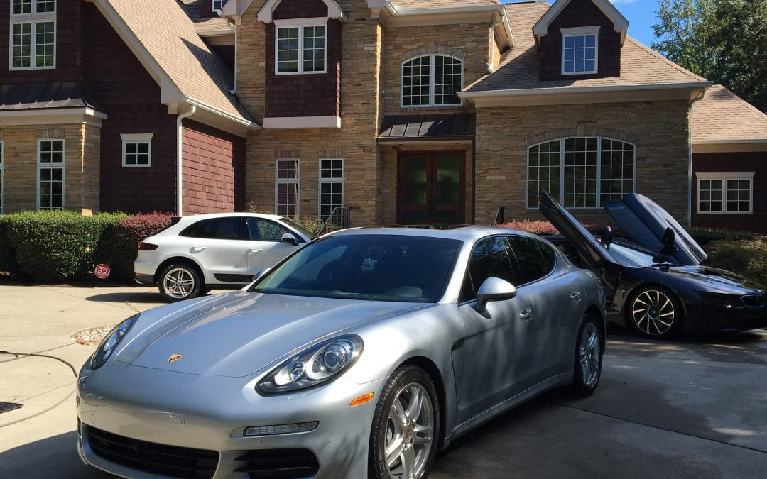 Photos of finished 2015 Porsche Panamera