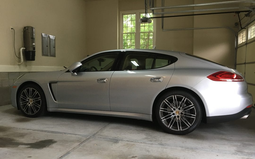 Photos of finished 2015 Porsche Panamara