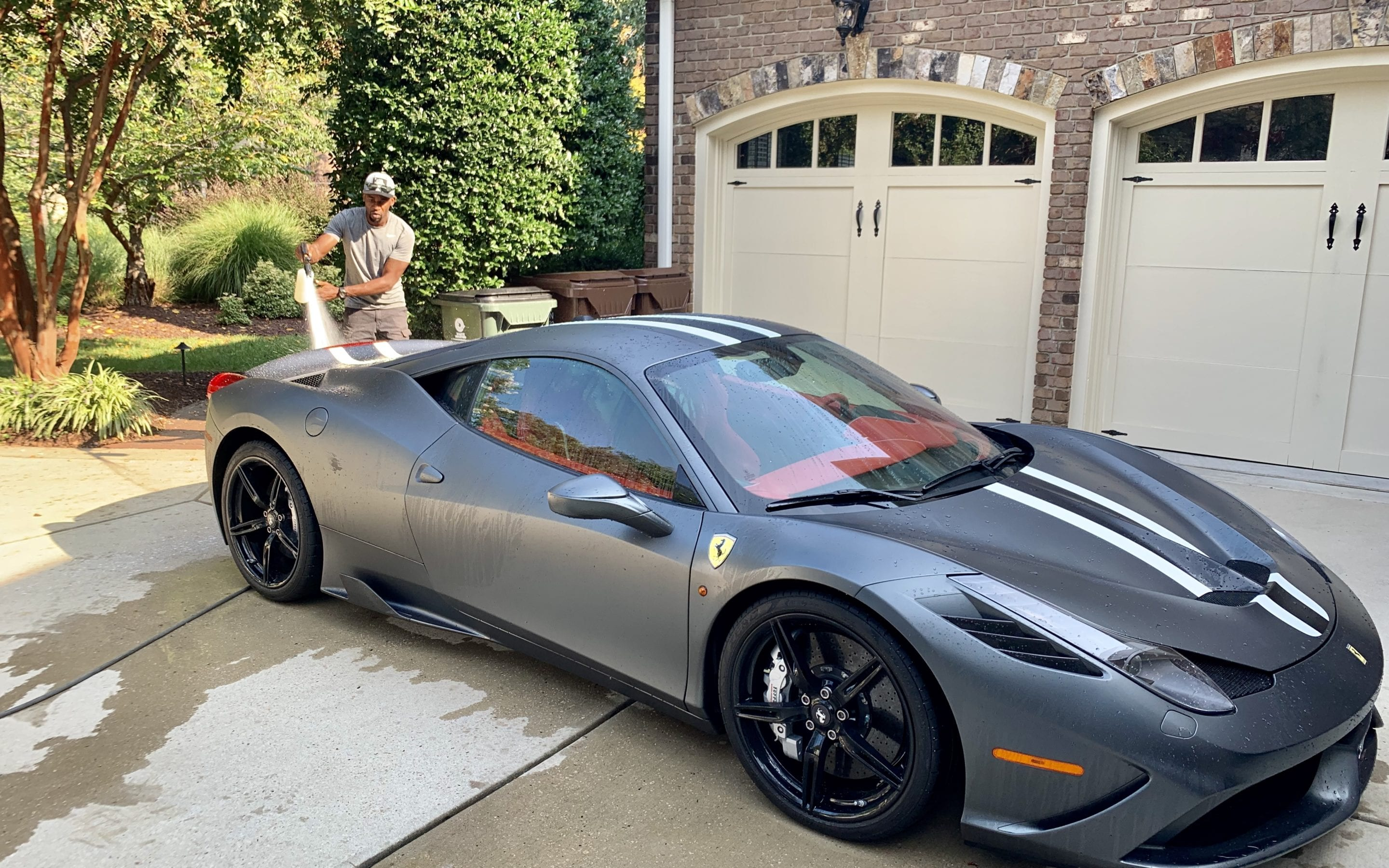 Photo of a 2015 Ferrari 458 Italia