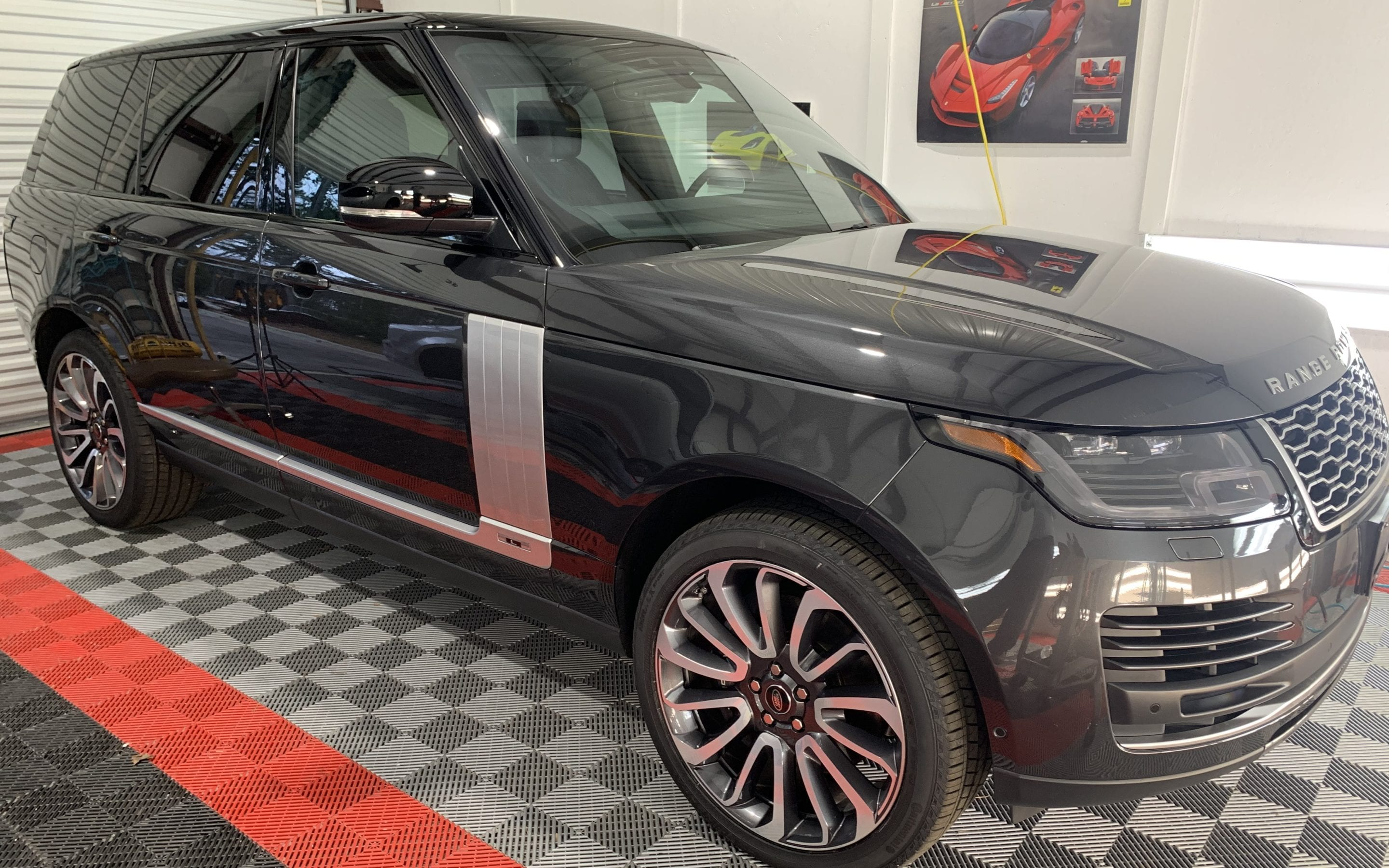 Photo of a Black Range Rover Ceramic Coating Raleigh NC