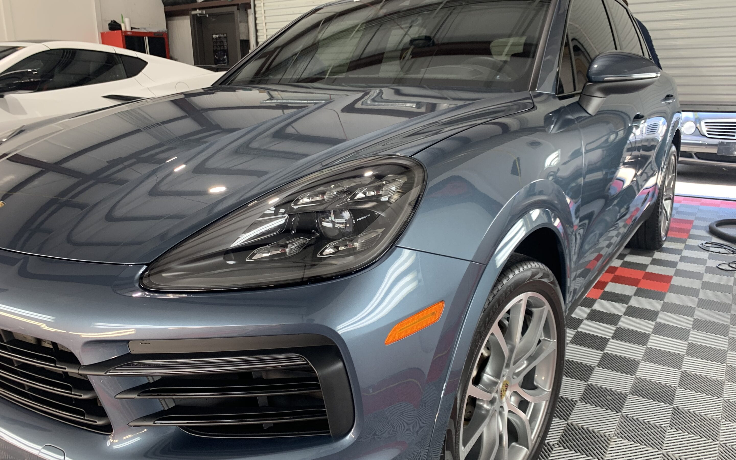 Premier Wash of a 2020 Porsche Cayenne
