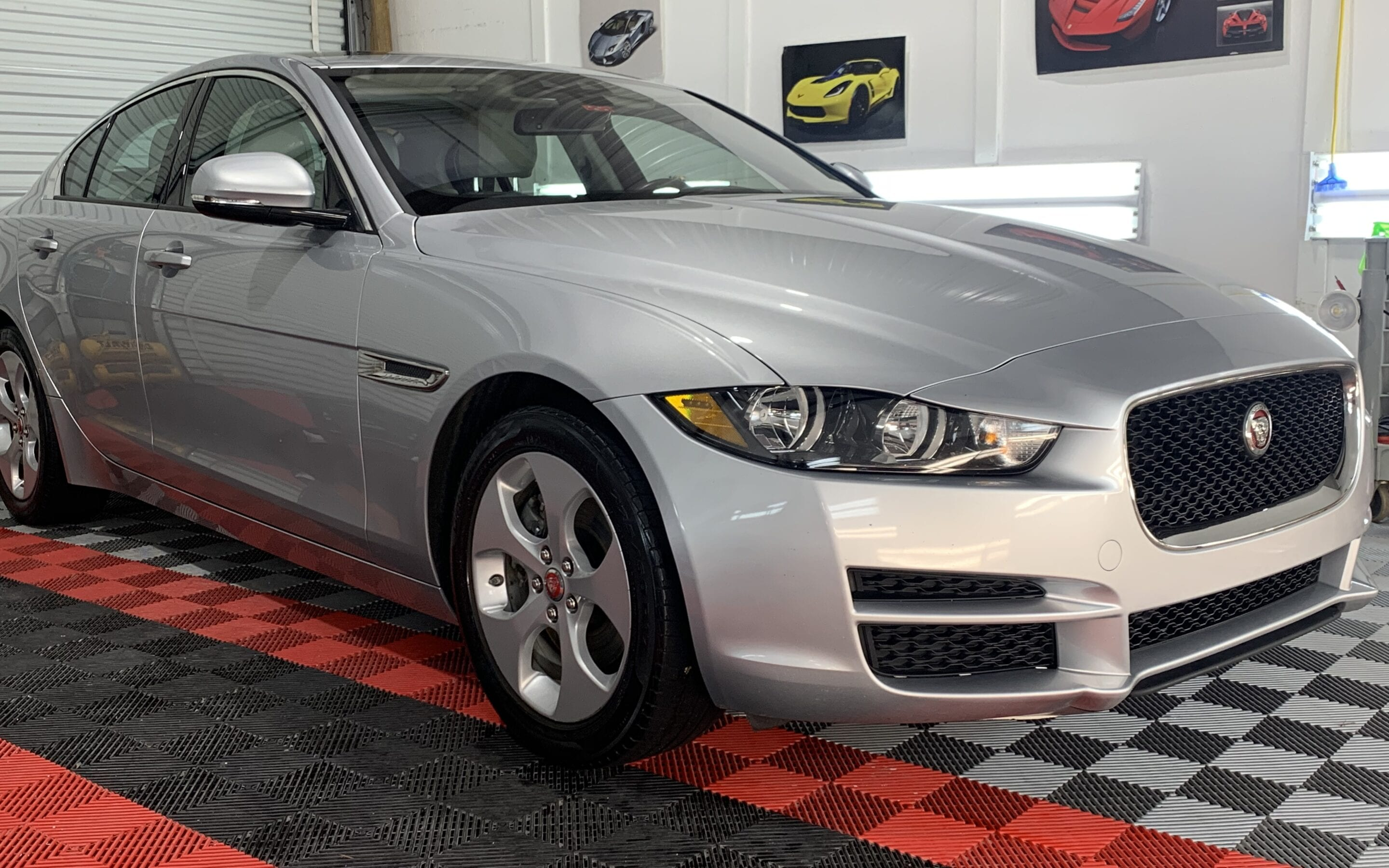 Full Detail of a 2018 Jaguar XE