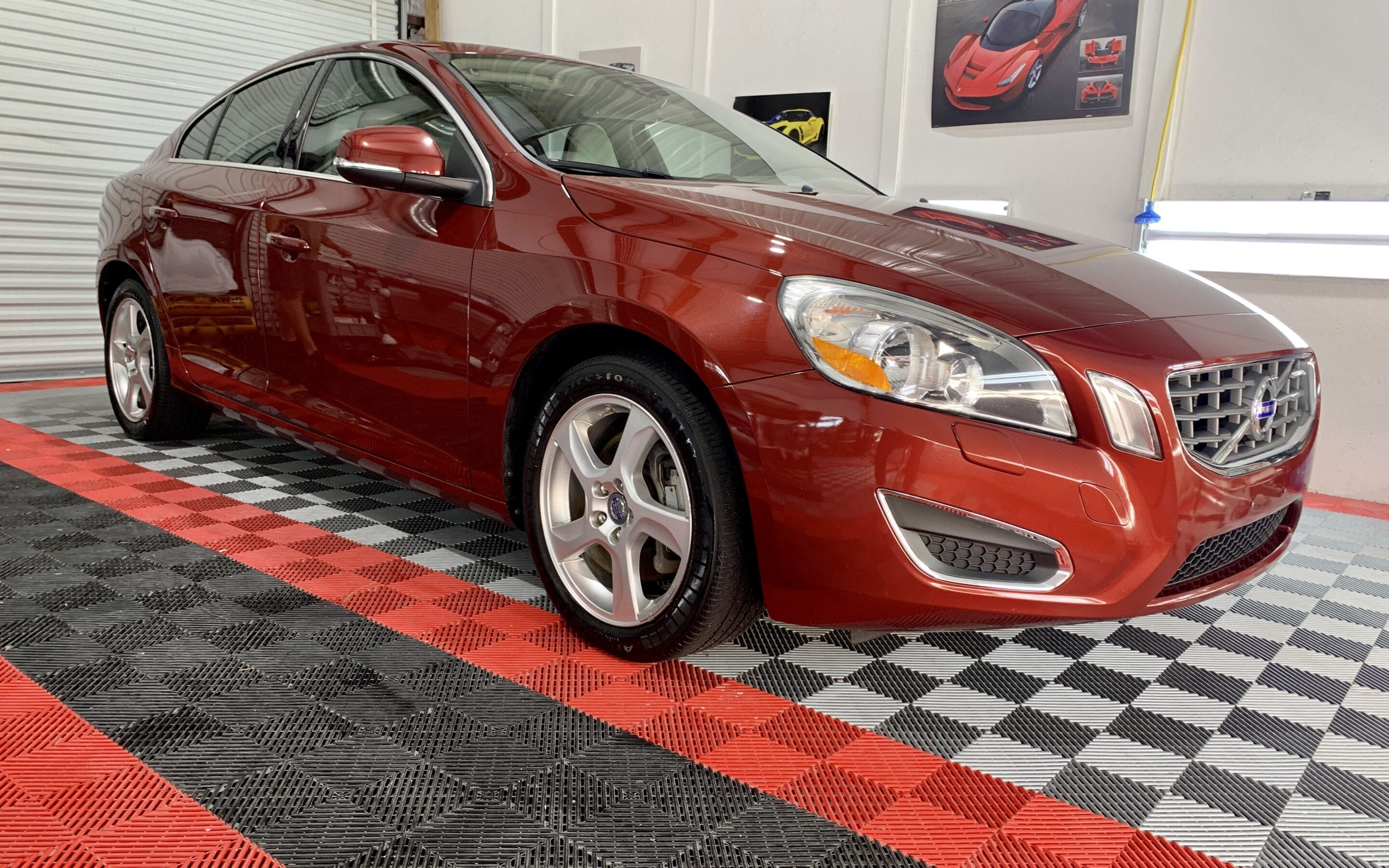Full Detail of a 2018 Volvo S60