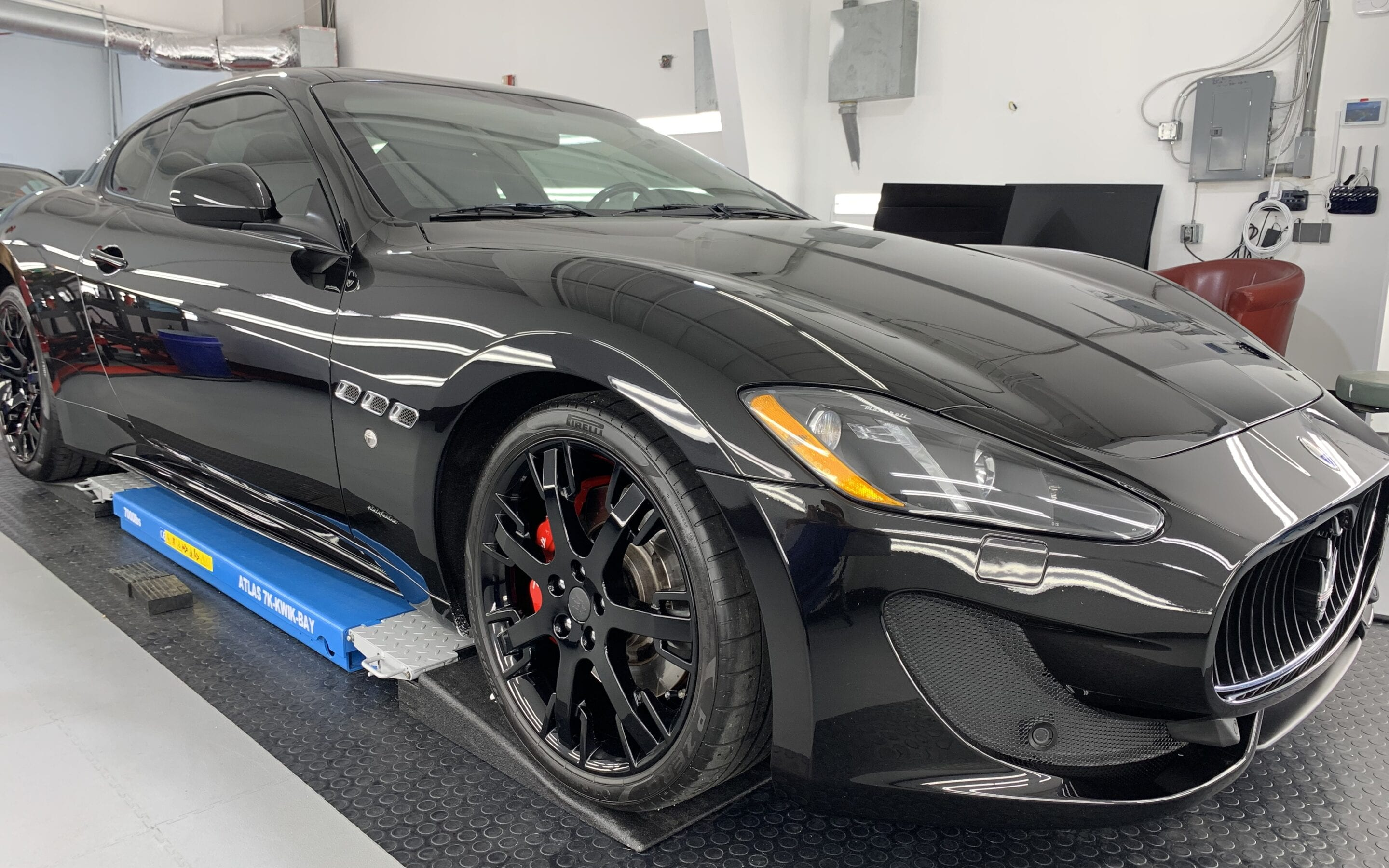 Ceramic Coating of a 2013 Maserati GranTurismo